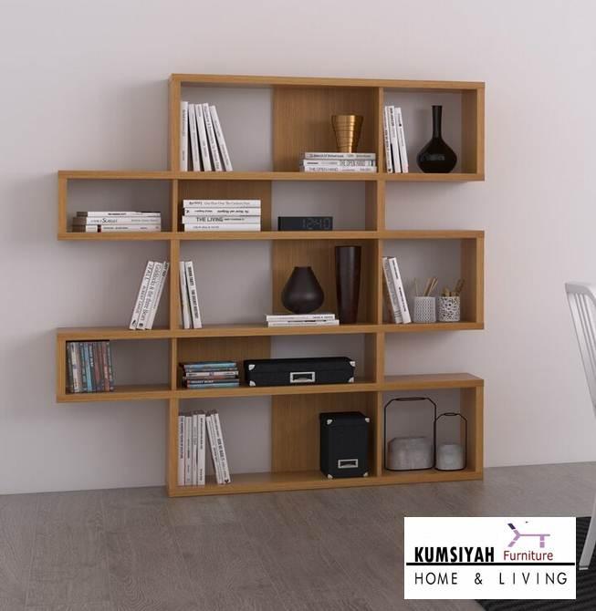 rak buku kayu sederhana