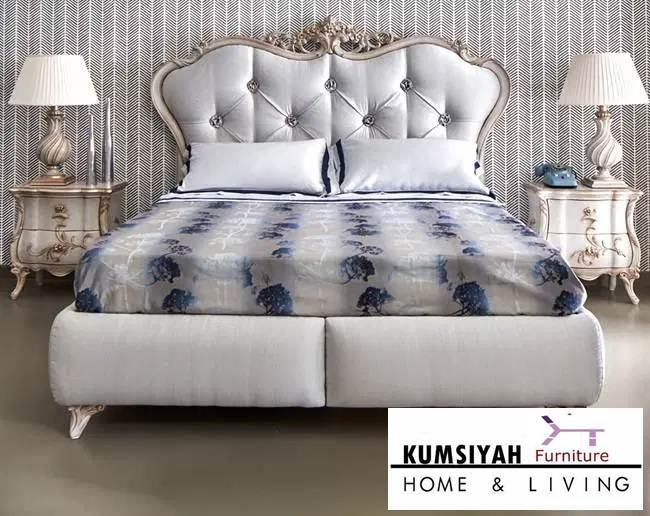 tempat tidur mewah minimalis